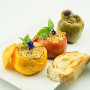 Греческие фаршированные перцы и томаты Гемиста (gemista)