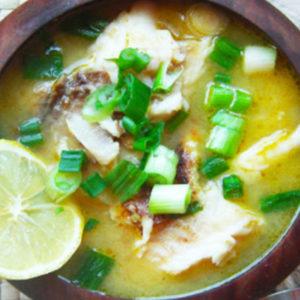 Перуанский рыбный суп Чилкано (Chilcano de Pescado Peruano)