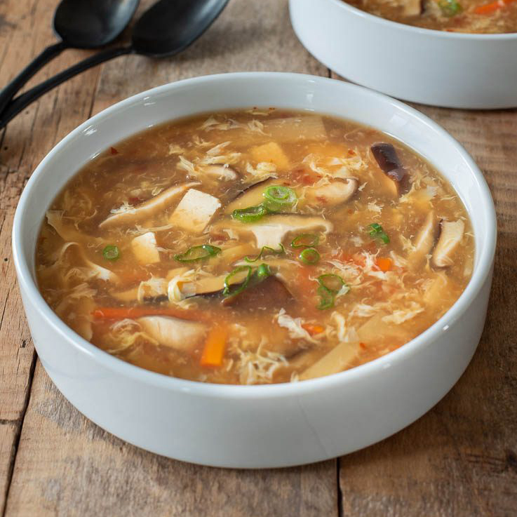 Vegetarian-Chinese-Hot-and-Sour-Soup-3-737×1104