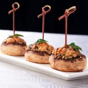 Грибы фаршированные крабом (Champignons Farcis au Crabe)