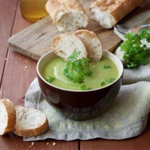 СУП-ПЮРЕ ИЗ ЩАВЕЛЯ (Soupe à L'oseille)