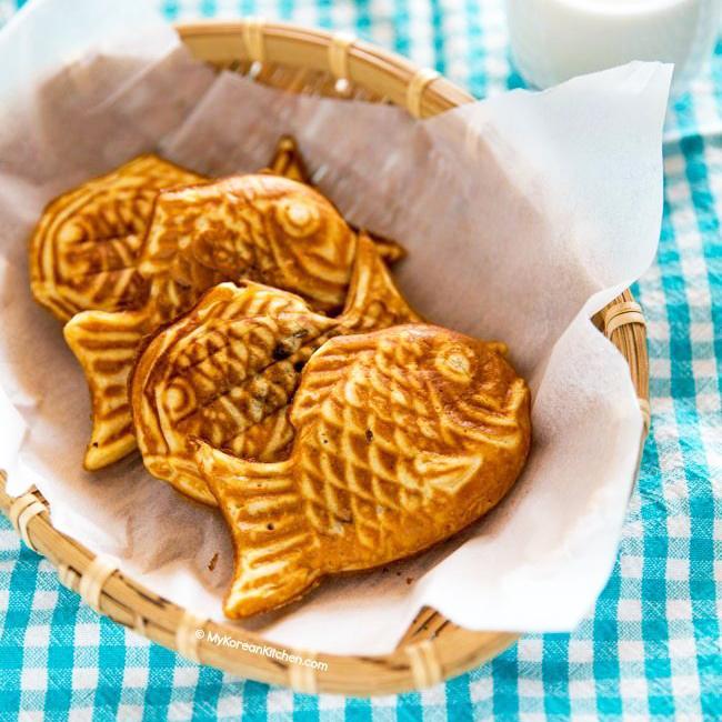 Bungeoppang-Korean-fish-shaped-pastry